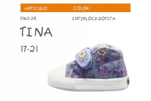 tina-botita266BD1A4-5715-C198-9334-5D8A92F89BD8.jpg