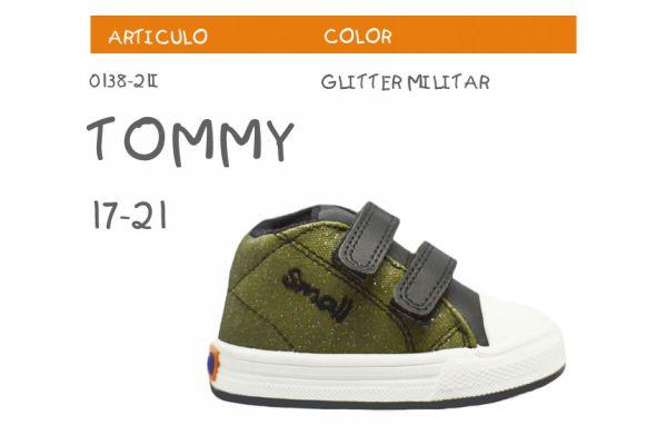tommy-glitter-militar256B1E84-F357-0BC5-4E25-B7C952BCAEEF.jpg