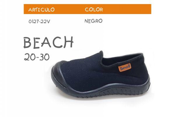 beach-negroFC917B21-EB11-E89E-540F-683D989AFDB5.jpg